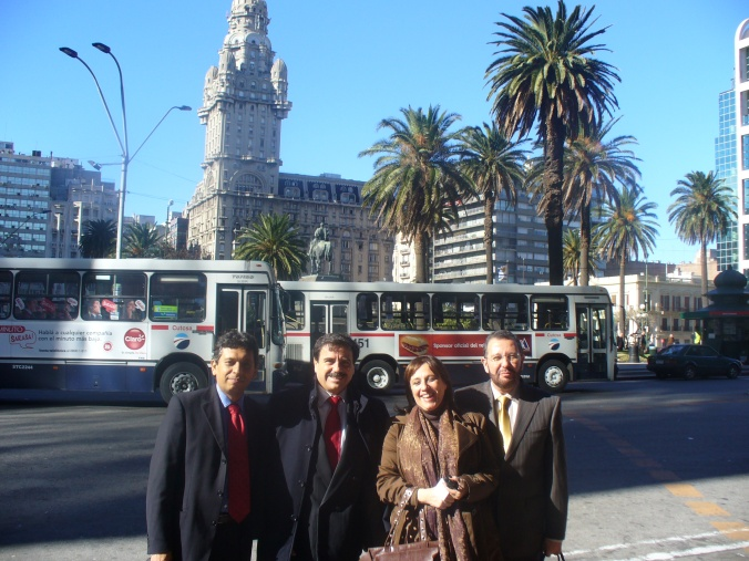 """Durante un alto en el Seminario """"Derechos Humanos y Derecho del Trabajo"""" (Montevideo, junio de 2009)"""