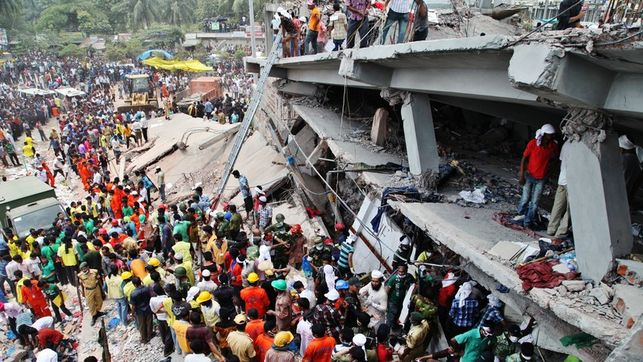 ActionAid-Bangladesh-fabrica_textil_EDIIMA20130430_0611_13